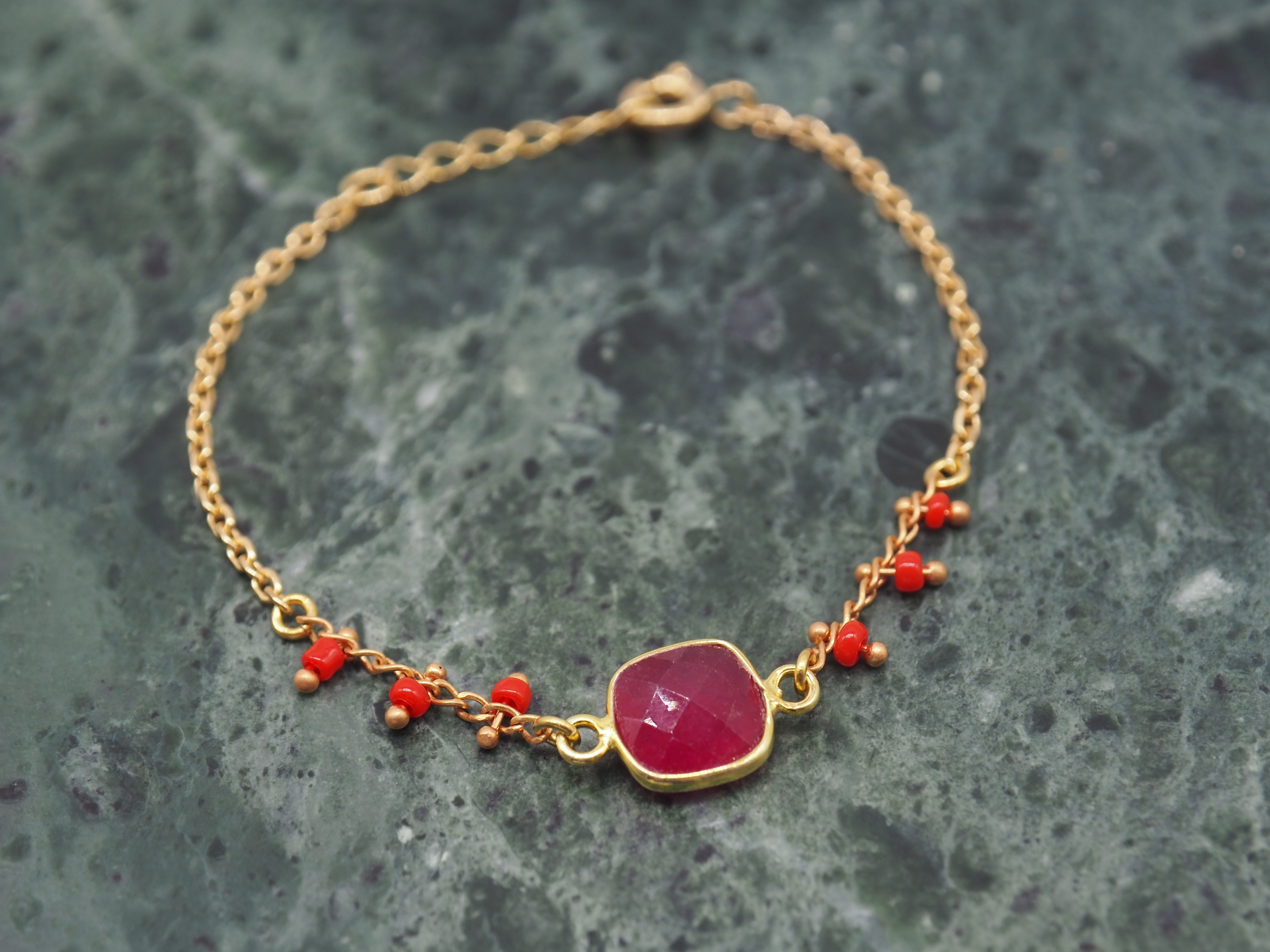 bracelet-charlotte-rouge-1