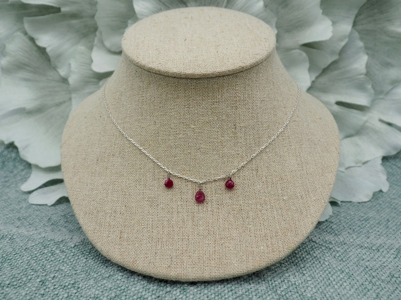 collier-Baronne-rouge